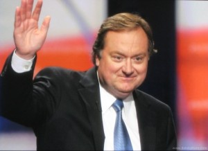 tim-russert-waves-goodbye